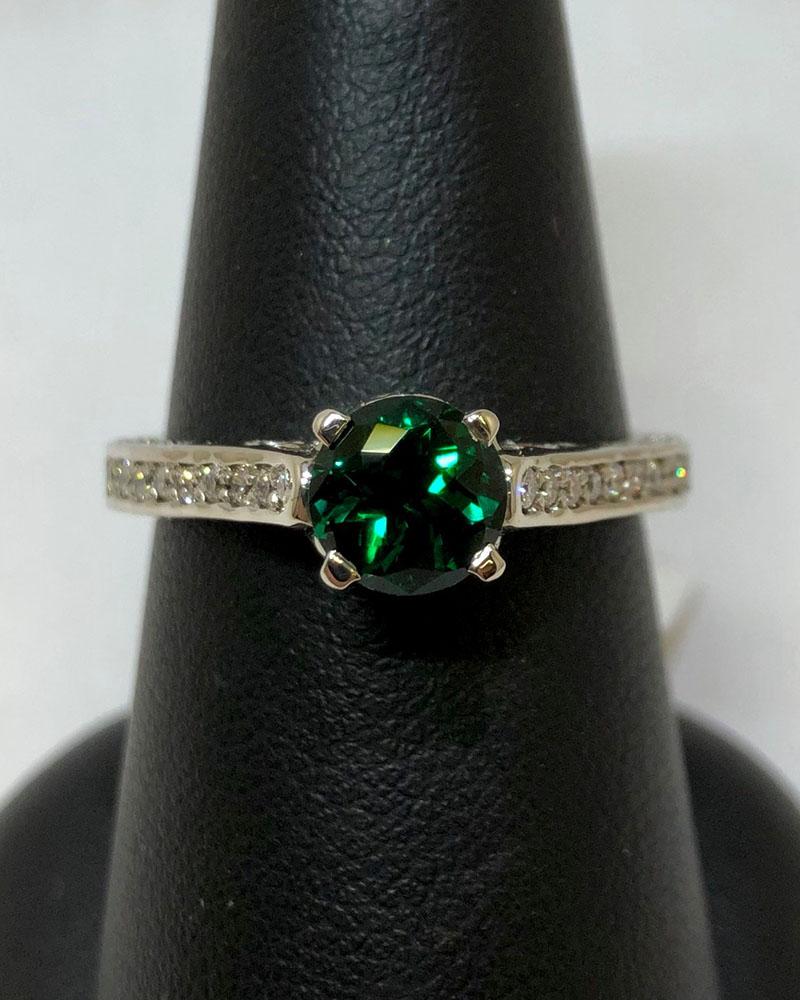 White Gold, Diamonds & Emerald