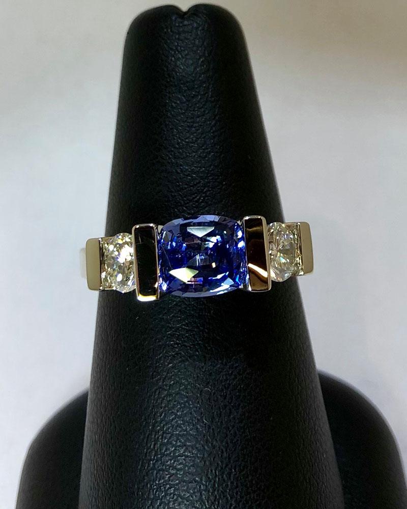 White Gold, Diamonds & Sapphire