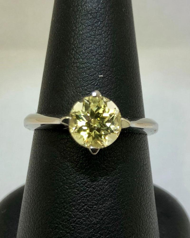 White Gold, Sapphire